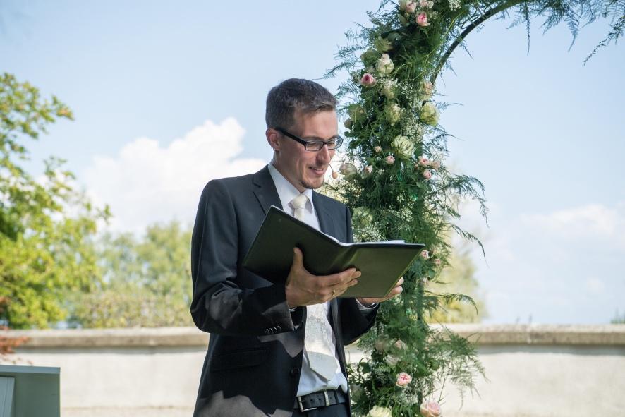 Von Pfarrern und freien Rednern – Fragen zu meiner Person